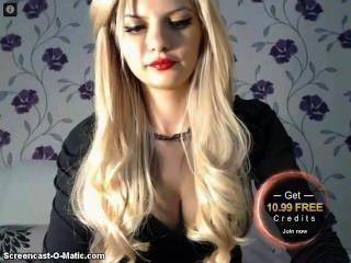 сексуальная блондинка курильщик