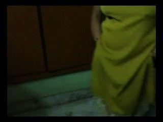 индийский мамаша домашнее секс Bigtits подвергаются зачистки голые принятия душа ммс