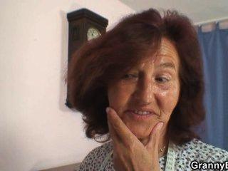 Боже, я просто грохнуть швейную бабушку