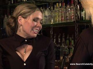 Беверли Линн и Кайли Нэш - The Теени сосиска бикини команда