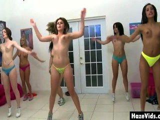 сумасшедшие горячие девушки, с их узкие отверстия пальцами до того, чтобы стать членами