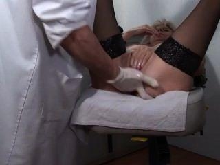 Gynecologie оскорбительных том 7 - сцена 1